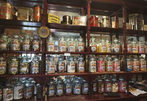 Sweets-Shop[1]